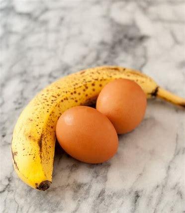 Flour-free Banana Pancakes